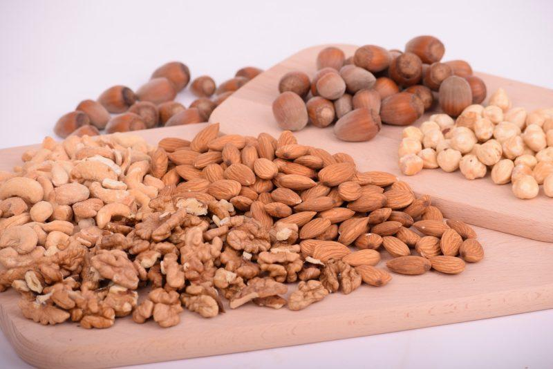 How adding Nuts to your diet can be beneficial