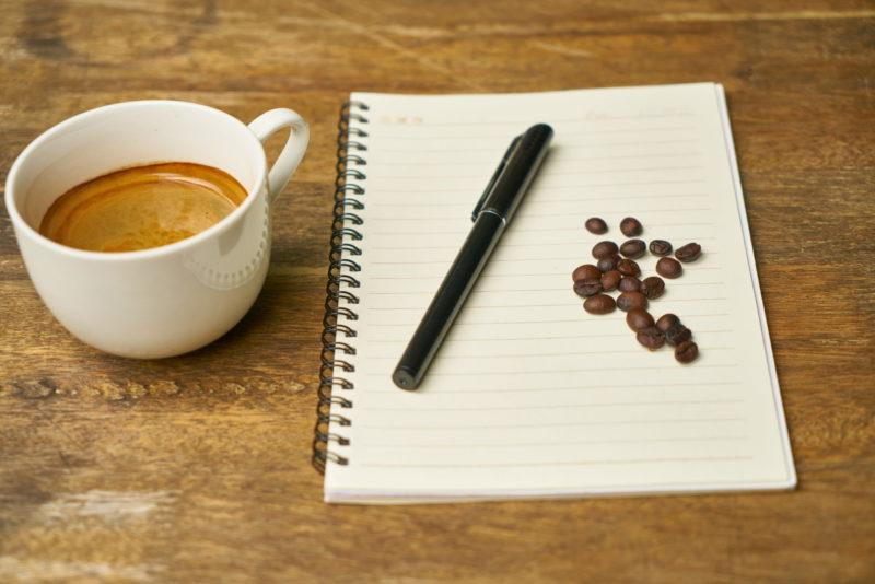 How does maintaining a Food Journal helps you track your diet
