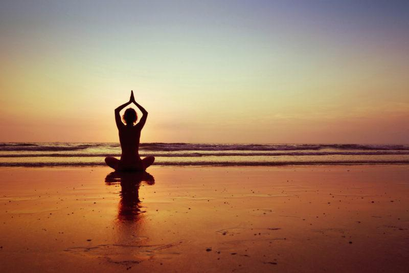 5 easy ways to boost your health with yoga everyday