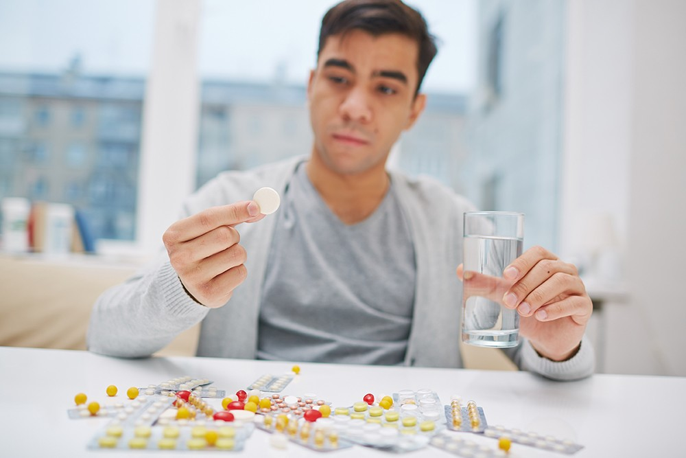 suggest ways on how a diabetic person can live a normal life