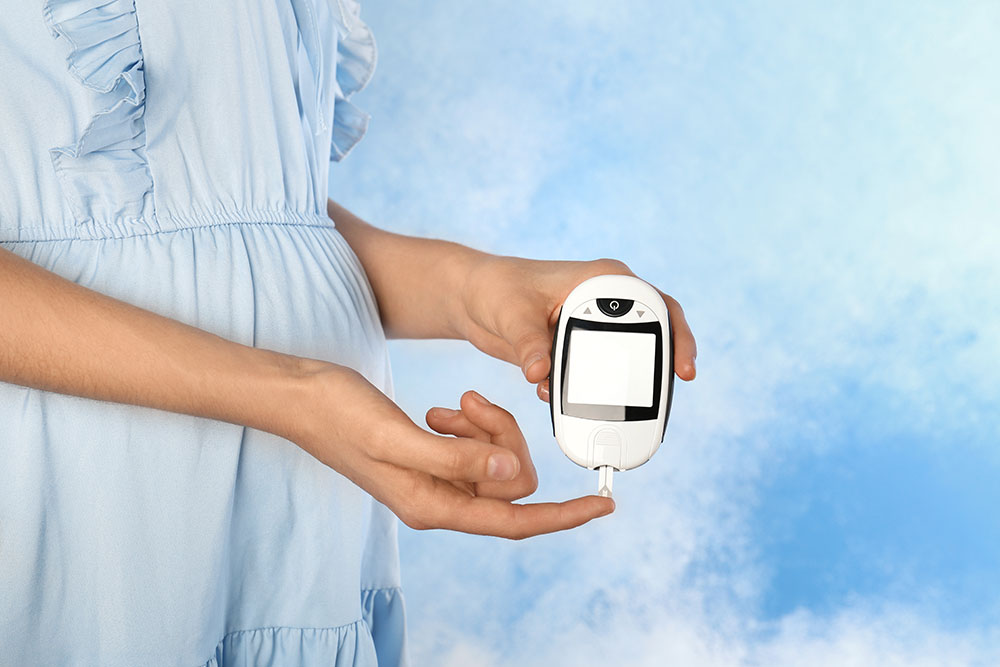 low blood sugar while pregnant